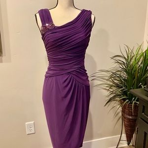 Adrianna Papell - Dress. Size 4